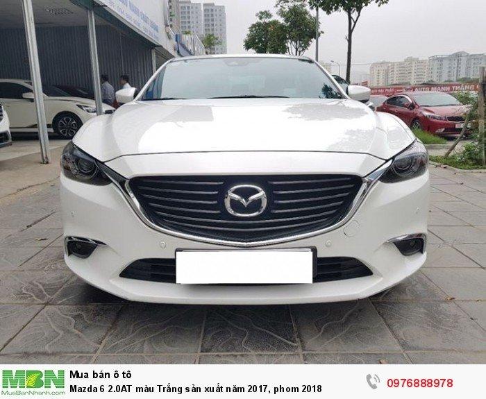 Mazda 6 2.0AT màu Trắng sản xuất năm 2017, phom 2018