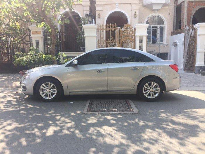 Xây nhà cần bán Chevrolet Cruze 2016 bạc số sàn xe đi giữ kỹ đẹp. 1