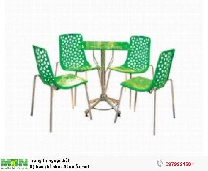 Bộ bàn ghế nhựa đúc mẫu mới1