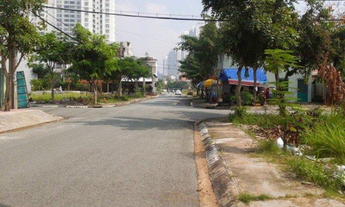Cần bán đất đường Song Hành, Bình Trưng Đông, Q2