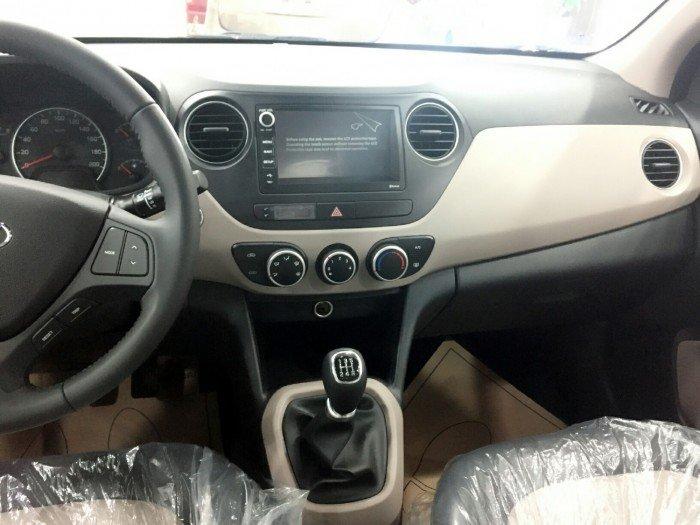 Xe oto HYUNDAI I10 Sedan 8
