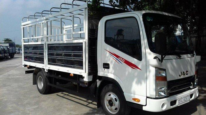 Xe tải JAC 1,99 tấn cabin vuông, động cơ ISUZU