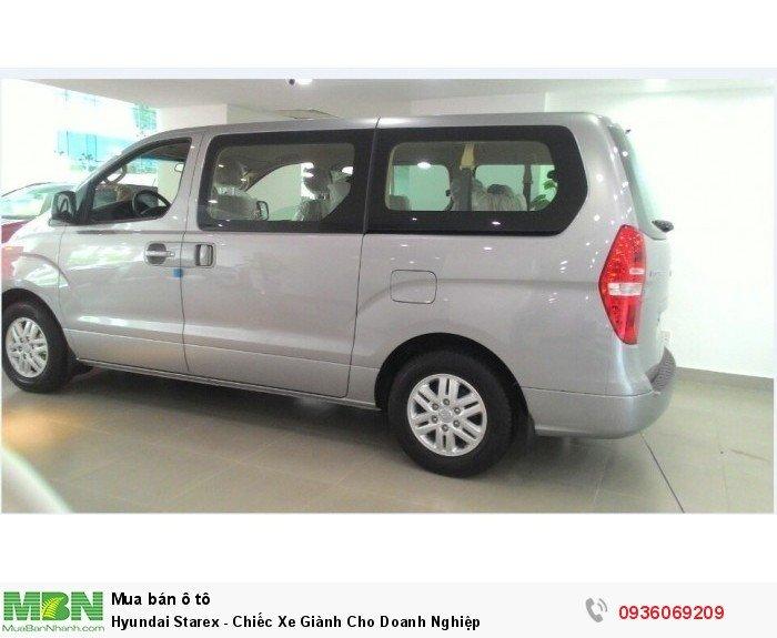 Hyundai Starex - Chiếc Xe Giành Cho Doanh Nghiệp 0