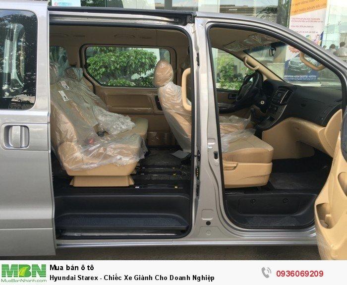 Hyundai Starex - Chiếc Xe Giành Cho Doanh Nghiệp 11