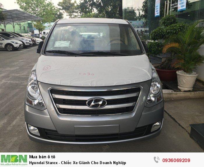 Hyundai Starex - Chiếc Xe Giành Cho Doanh Nghiệp 12