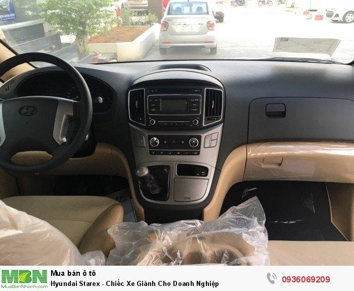 Hyundai Starex - Chiếc Xe Giành Cho Doanh Nghiệp 13