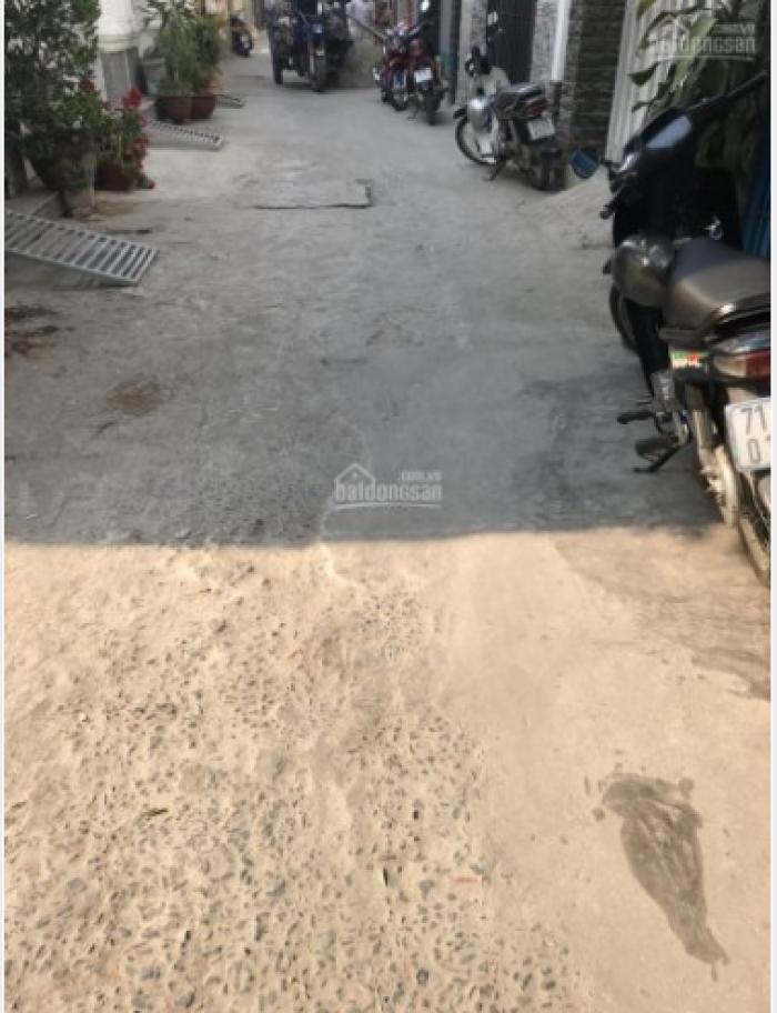 Bán đất Huỳnh Tấn Phát DT 5.2x18m. Hướng đông