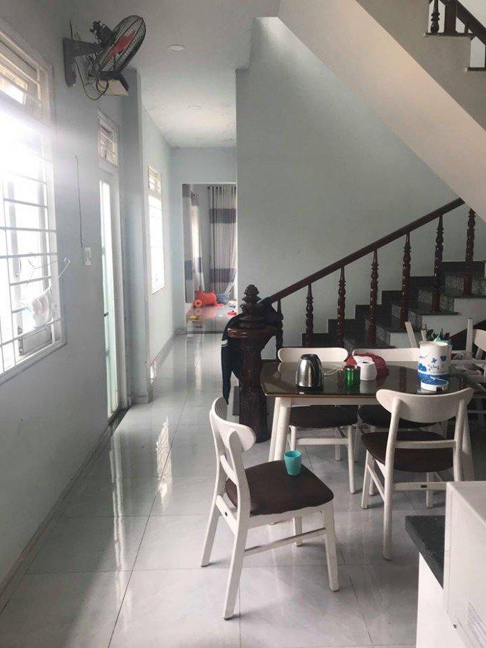 Bán nhà 1 lầu 1 trệt 3 phòng ngủ trung tâm Thủ Dầu Một
