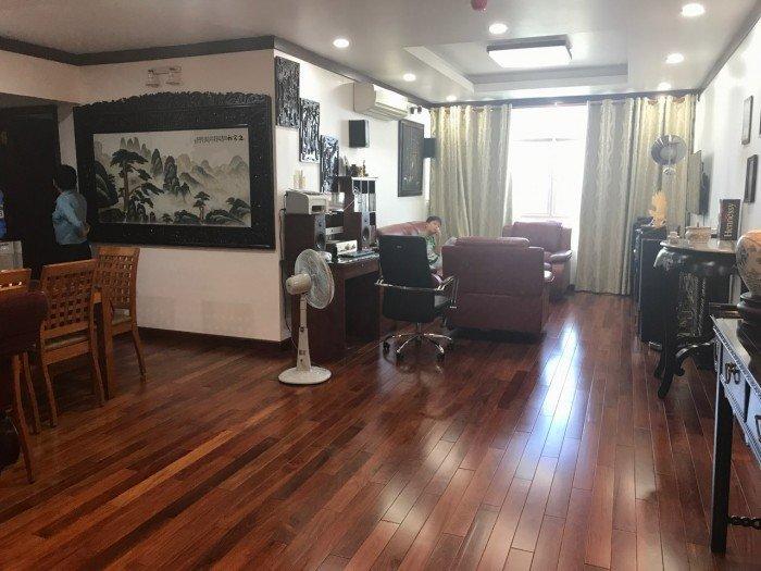 Cần bán gấp căn hộ Sacomreal 584 Tân Phú , Dt 105m, 3 pn