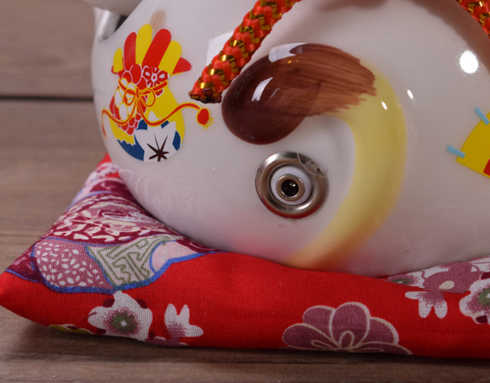 Mèo thần tài may mắn vẫy tay Neko Nhật Bản1