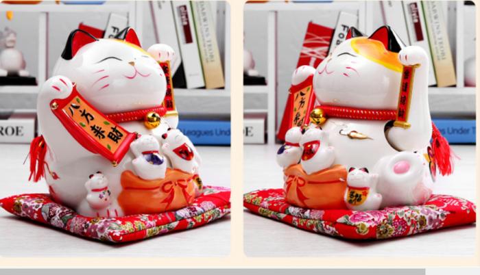 Mèo thần tài may mắn vẫy tay Neko Nhật Bản3