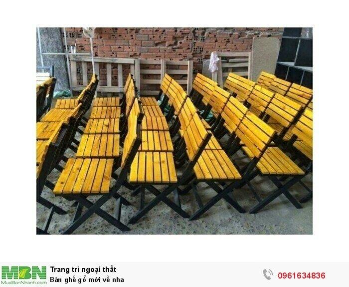 Bàn ghế gỗ mới về nha
