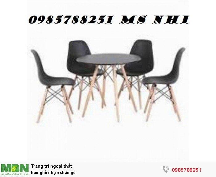 Bàn ghế nhựa chân gỗ0
