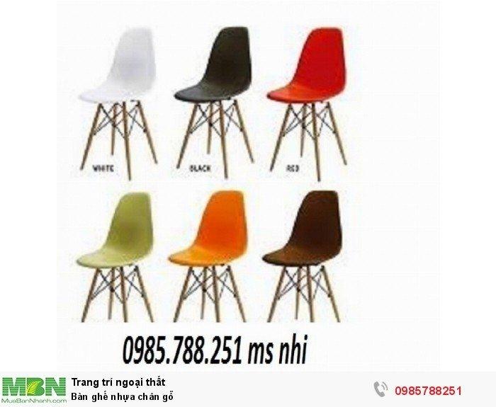 Bàn ghế nhựa chân gỗ2