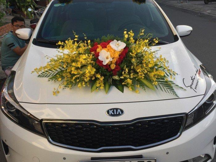 Cho thuê xe tự lái hiệu Kia Cerato 2017 và Chevrolet Spark 2015 mới, thủ tục nhanh chóng