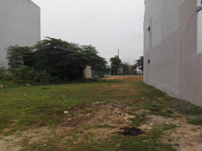 Bán nền đất sát bên trường đại Thủ Dầu Một 100m2 - Thủ Dầu Một, Bình Dương