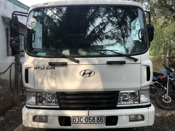 Xe tải  HD210 màu trắng sản xuất 2105,