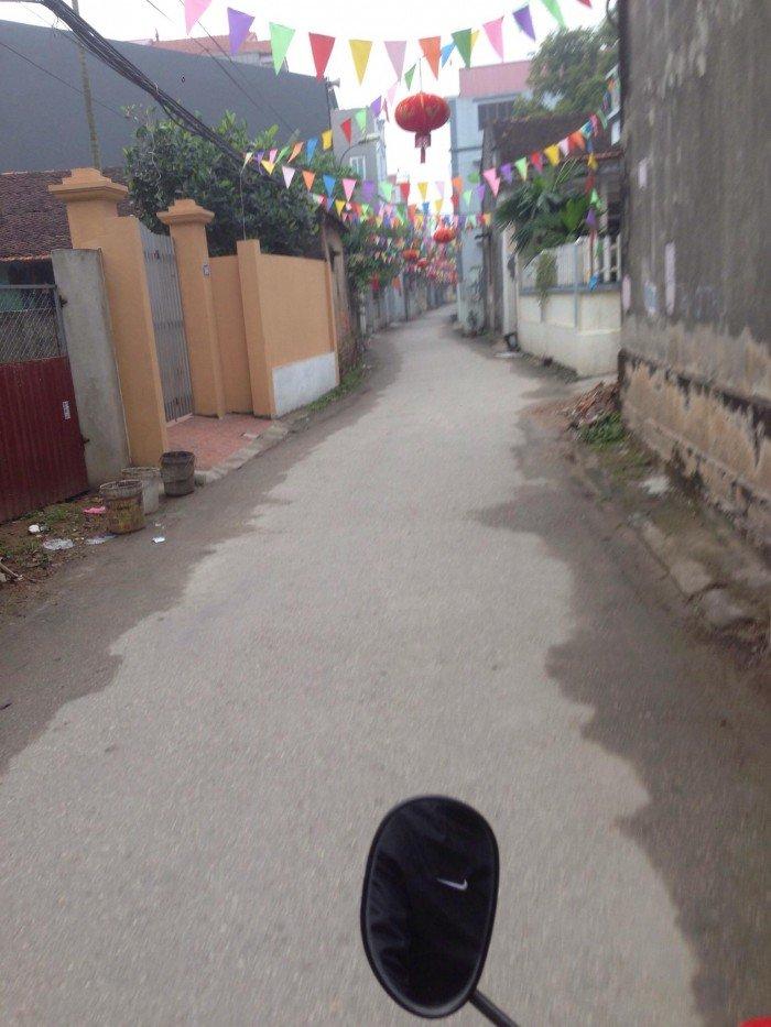 Bán gấp lô đất cực đẹp, giá tốt35m2 tại Phúc Lợi, Long Biên đường oto