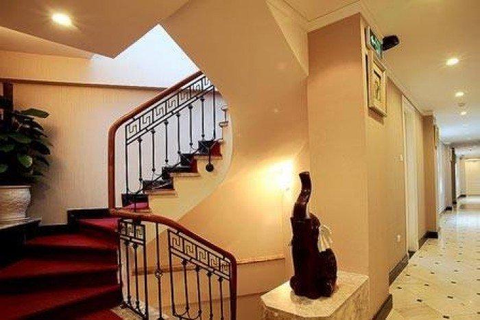 Bán Khách Sạn Mặt phố cổ Hàng Hành,Hoàn Kiếm 190m2x11 tầng, doanh thu 1.5 tỷ/th