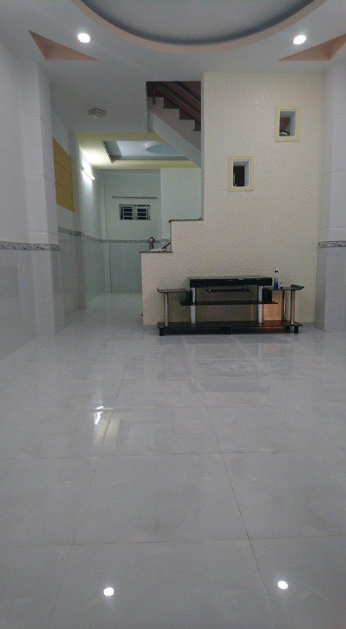 Bán nhà Huỳnh Tấn Phát, thị trấn Nhà Bè, Diện tích 4.1m x 16m, 2 lầu hẻm 1/, nội thất