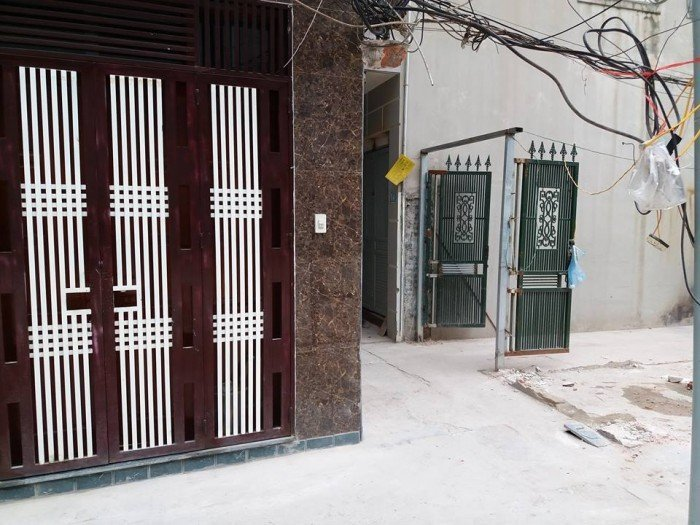 Cần bán rất gấp nhà Ngõ 34 Vĩnh Tuy 32m2, cấp 4, mặt tiền 4m