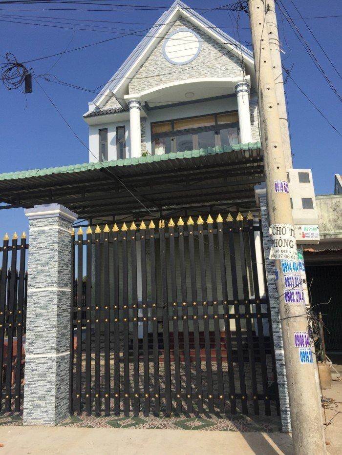 Cần sang gấp căn nhà mặt tiền QL50 gần chợ
