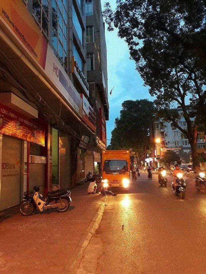 Mặt phố Chính Kinh, đắc địa, kinh doanh sầm uất ngày đêm 50m2 x 6t