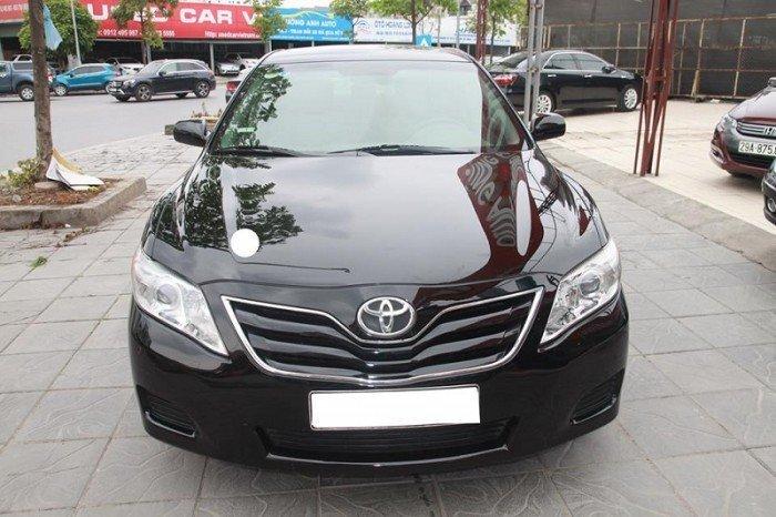 Toyota Camry LE 2009, xe một chủ đi từ đầu.