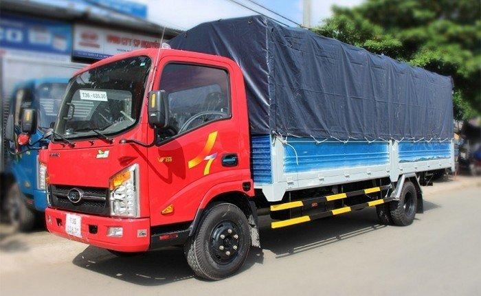 Xe tải Veam VT260, tải 2 tấn thùng dài 6,2m