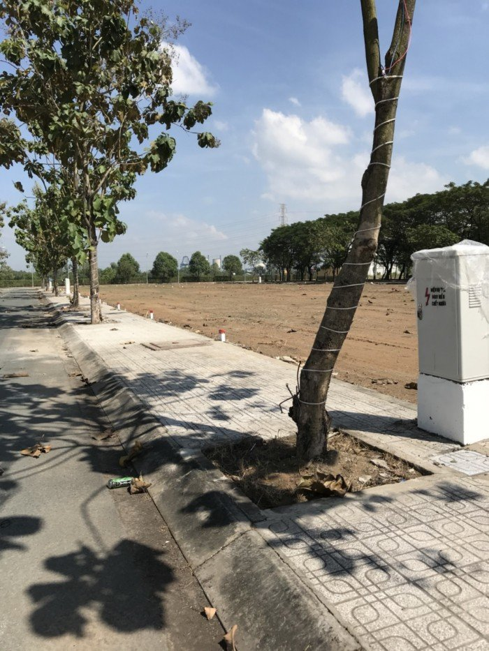 Nền số 1542 Nguyễn Thị định P. Cat Lái Q2. có sổ