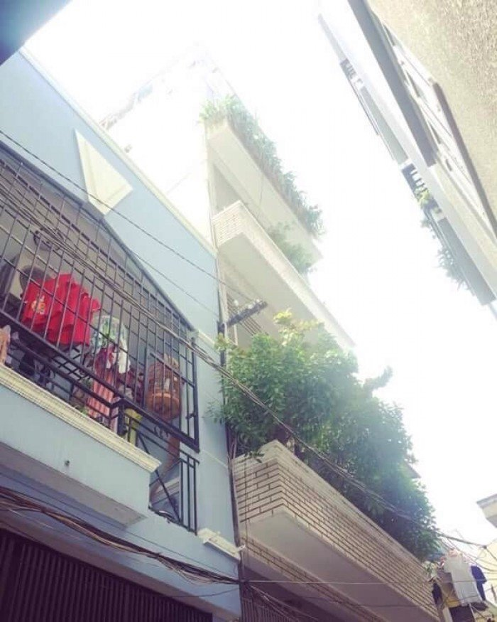 Bán nhà hẻm 4m số 21 Nguyễn Duy Dương P8 Q5.