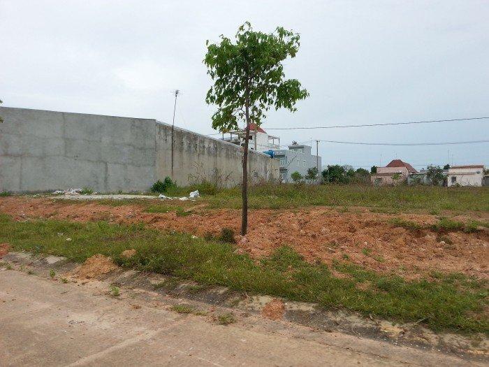 Cần tiền gấp, bán 600m2 đất đã mua 8 năm, thổ cư, giá cả thương lượng
