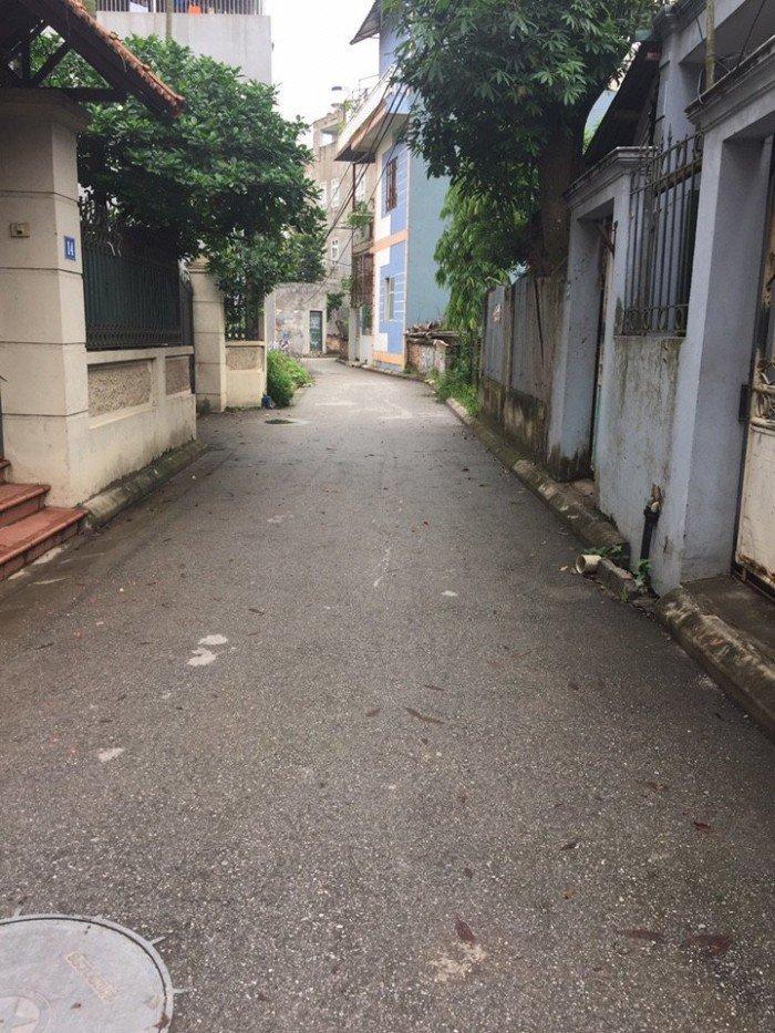 Bán đất Gia Lâm. Dt 34,1m2,đường 2,3m