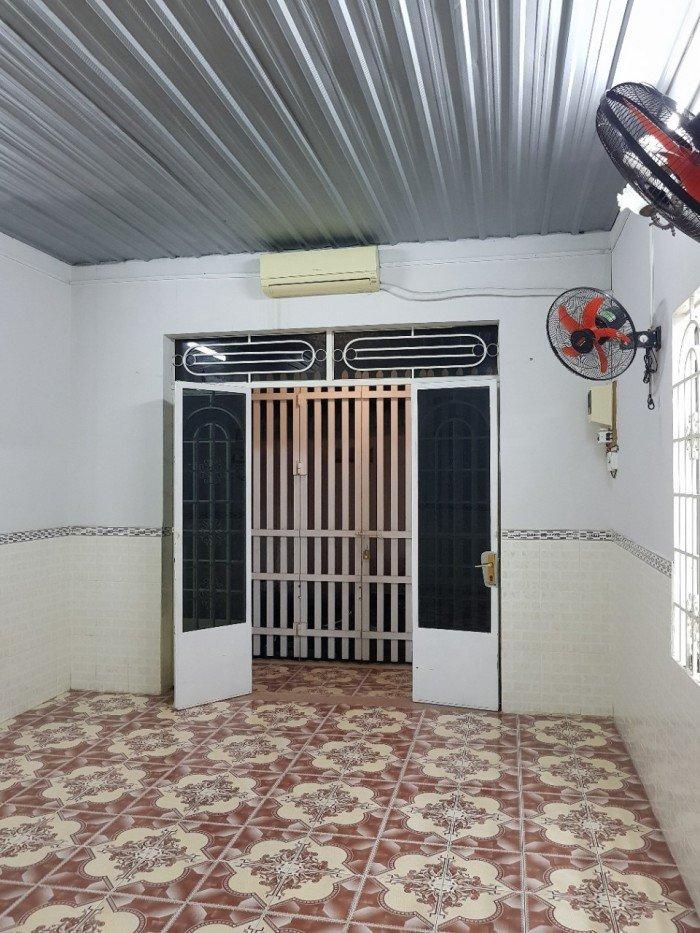 Cần bán căn nhà cấp 4 thuộc P. Thống Nhất dt 100m2