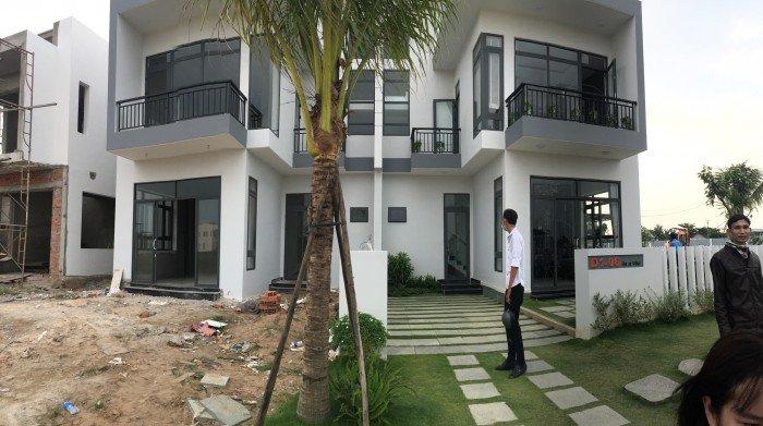 Biệt thự singapore tại thị trấn Đức Hòa