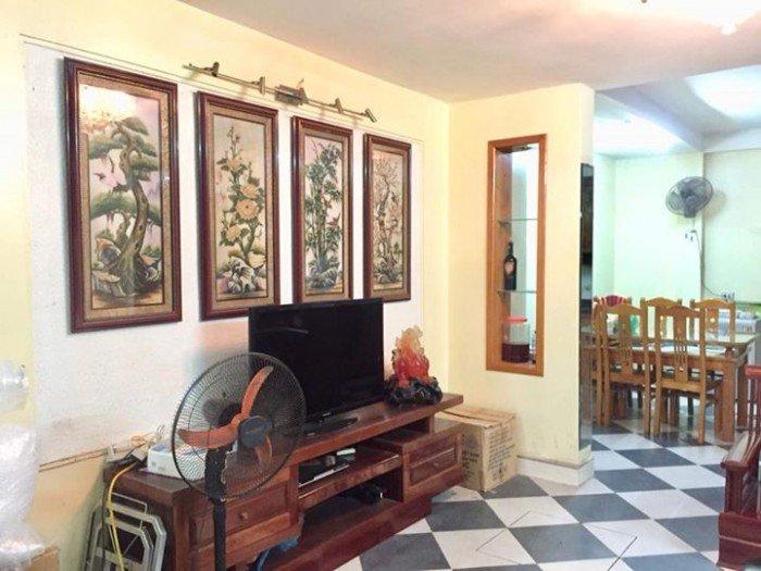 Bán nhà mặt phố Trần Quốc Hoàn 48m2, 6 tầng, MT 4m, 2 mặt phố