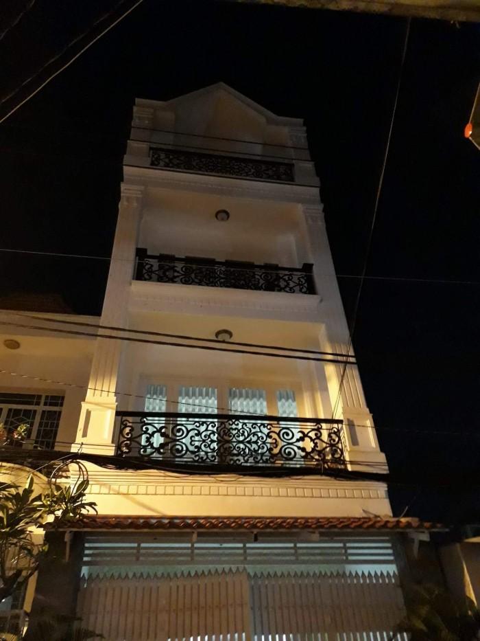 Bán nhà Trần Quang Diệu, trung tâm Quận 3 Nhà 62m2, 4 tầng, vuông vắn, rất đẹp,