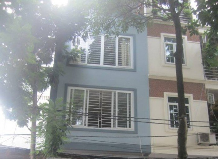 Bán nhà 211m2 mặt tiền Hậu Giang Q6