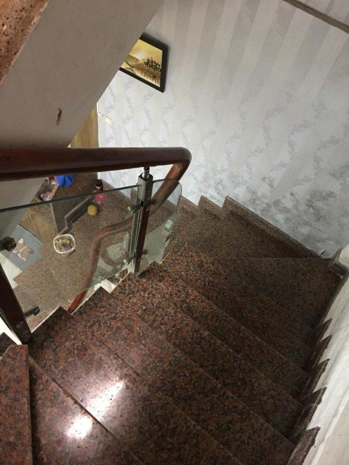 Bán gấp nhà rất đẹp Phố Tôn Đức Thắng 38m2, 3 tầng, mặt tiền 5m