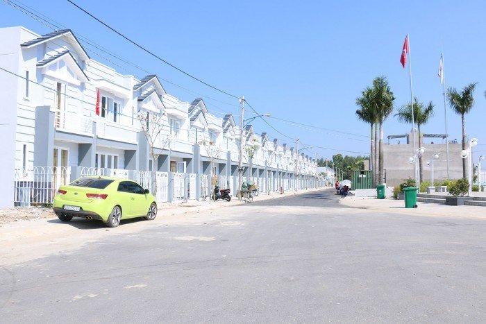 Nhà mặt phố và biệt thự cao cấp