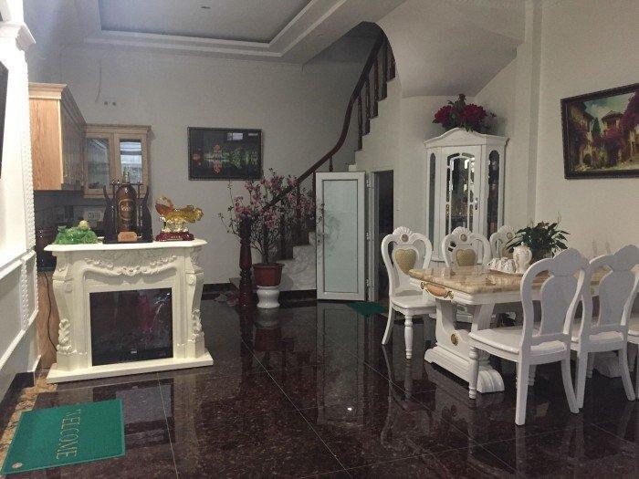 Bán nhà Huỳnh Thúc Kháng, nhà đẹp, KD đỉnh, ô tô đỗ cửa, giá 11.3 tỷ