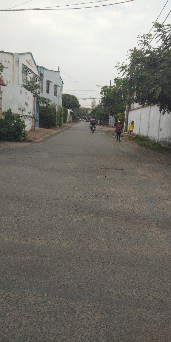 Nhà 2 MT Đường 2 Bà Trưng Hiệp Phú .Q9 92m2