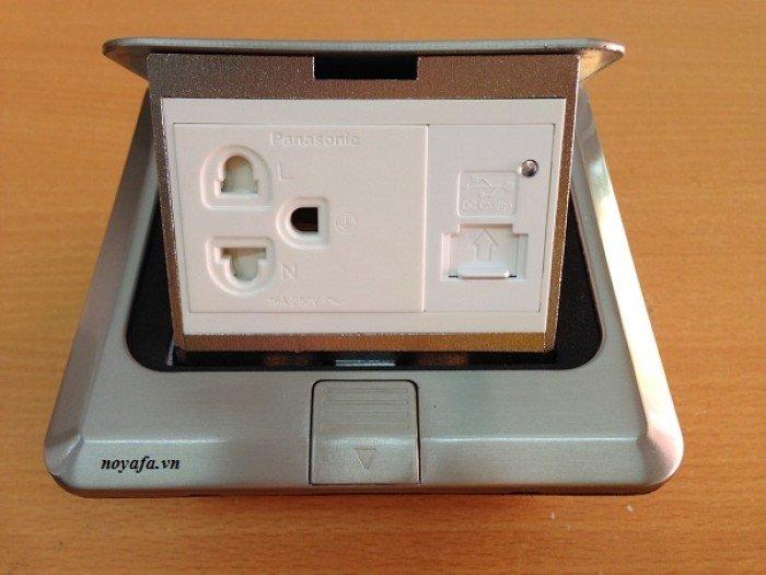 Ổ cắm âm sàn lắp ổ điện 3 chấu + ổ cắm sạc USB0