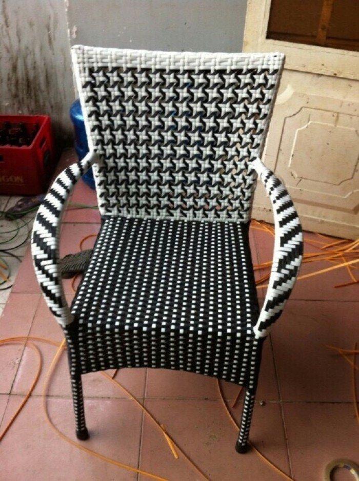 Bàn ghế nhựa  giả mây thanh lý3