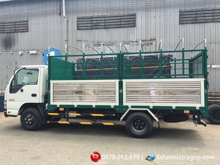 Xe tải ISUZU 1T9 thùng mui bạt - EURO 4, SX 2018