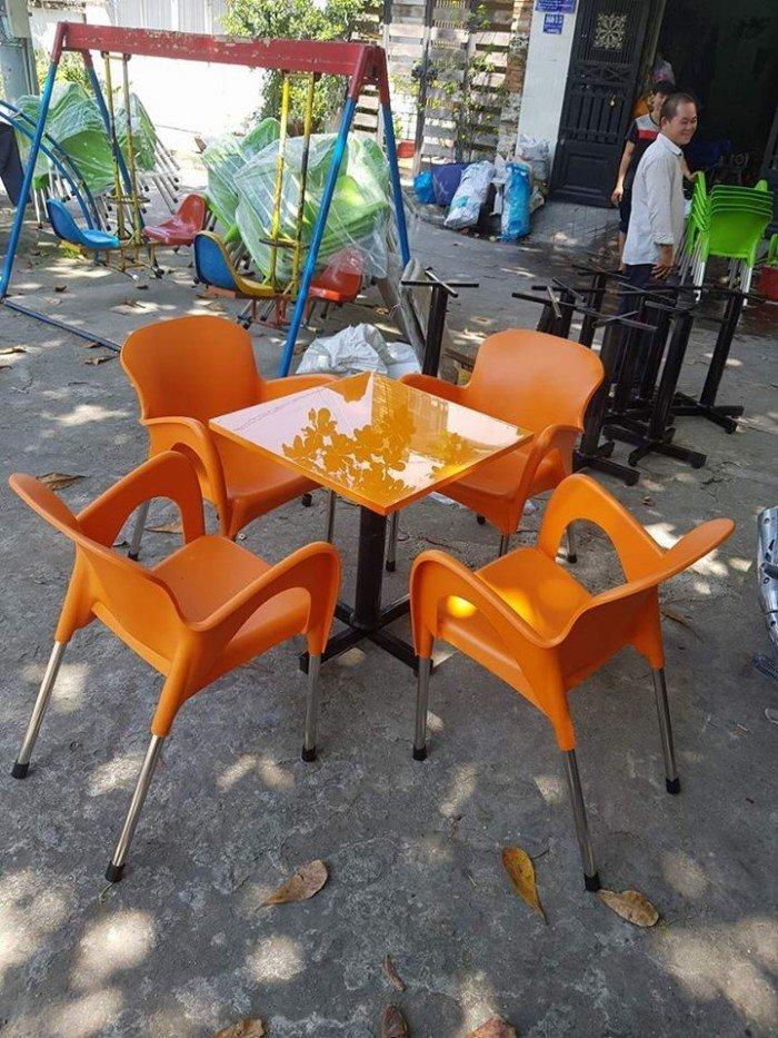 bàn ghế cafe nhựa đúc giá rẻ nhất17