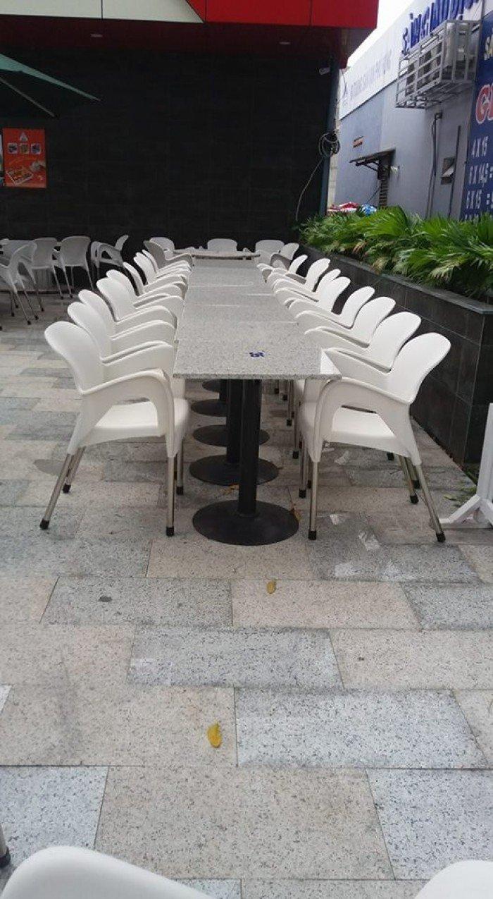 bàn ghế cafe nhựa đúc giá rẻ nhất16