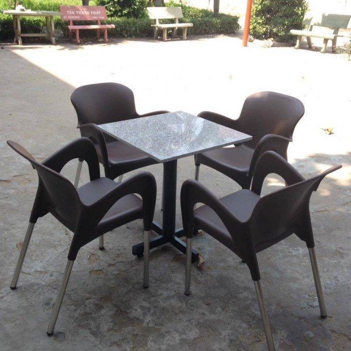 bàn ghế cafe nhựa đúc giá rẻ nhất15
