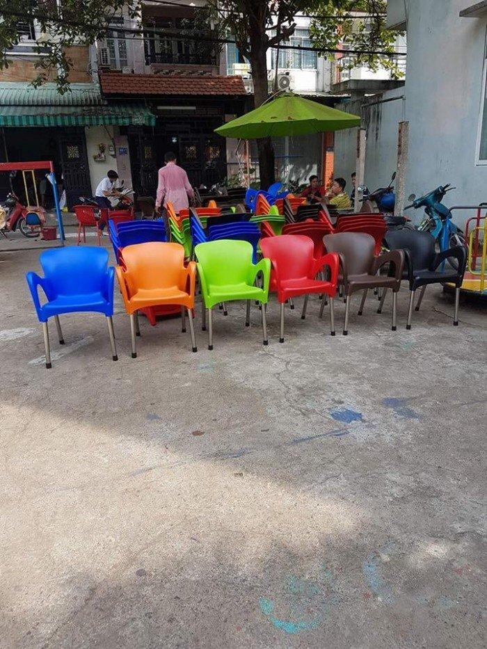 bàn ghế cafe nhựa đúc giá rẻ nhất13