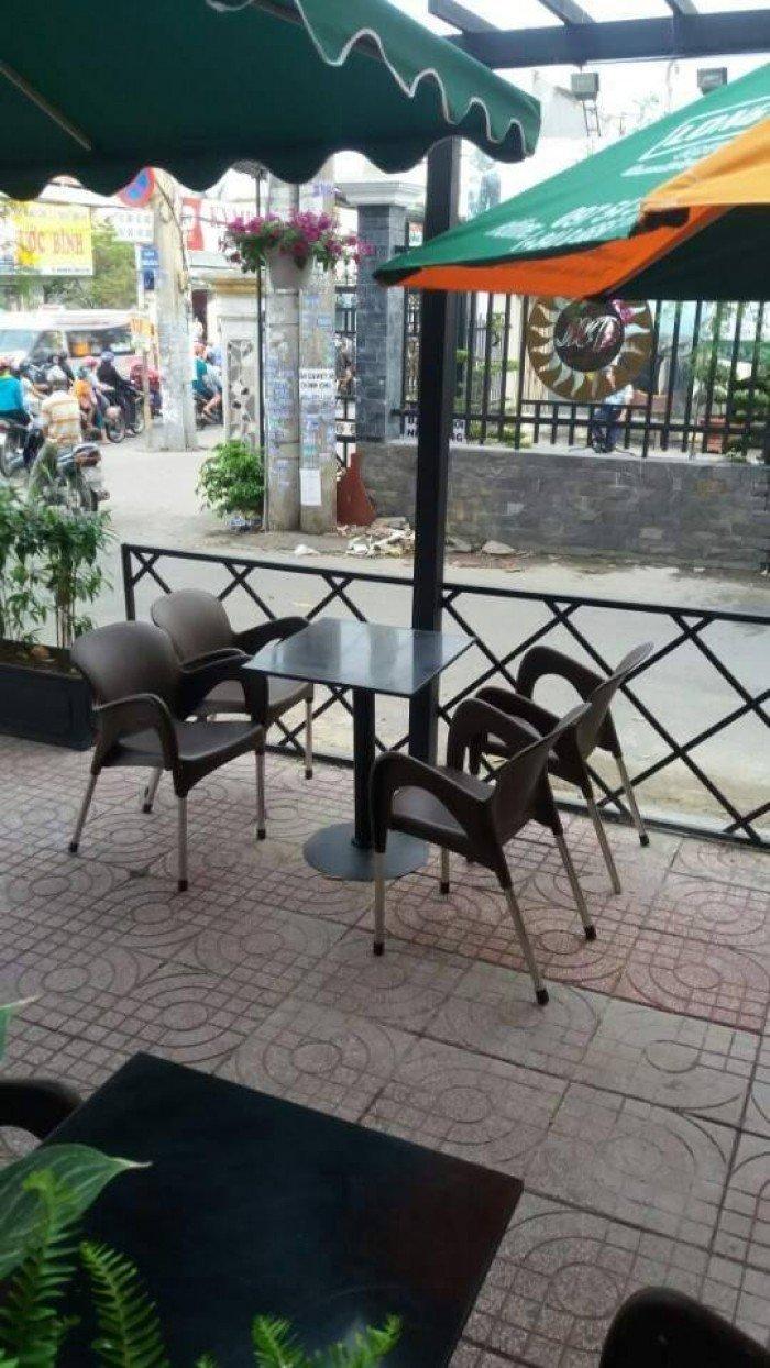 bàn ghế cafe nhựa đúc giá rẻ nhất12